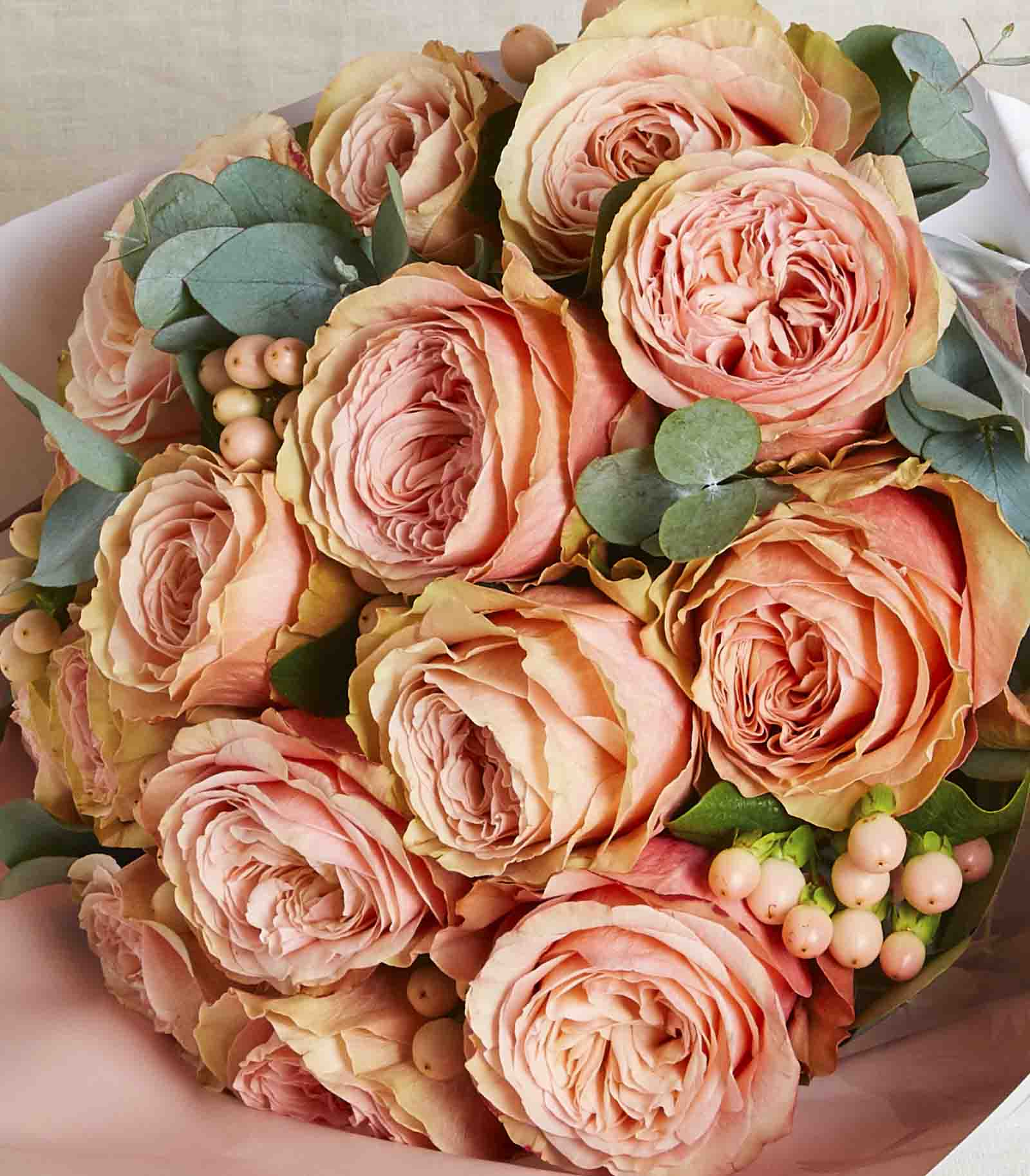 Salmon Roses Bouquet