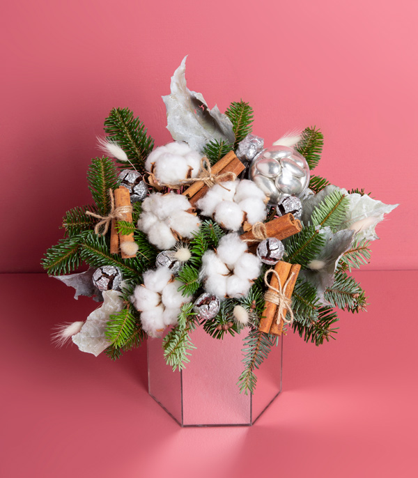 Cotton Cinnamon Arrangement