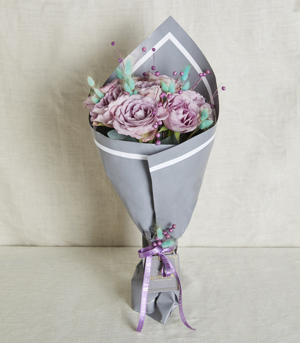 Lila Roses Bouquet