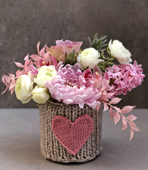 Pink Heart Knitting Flowers