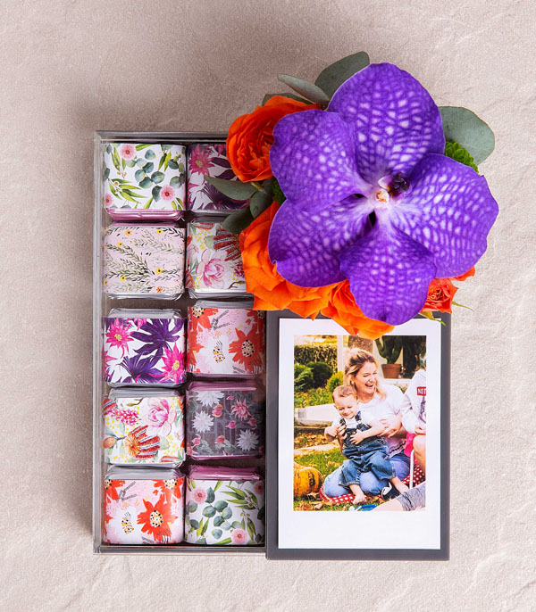 Photo Box With Flowers