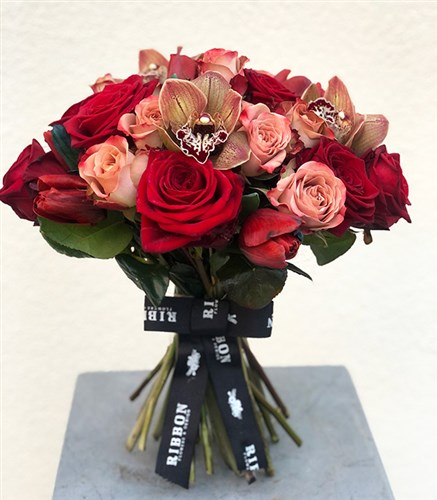 Deluxe Love Song Bouquet