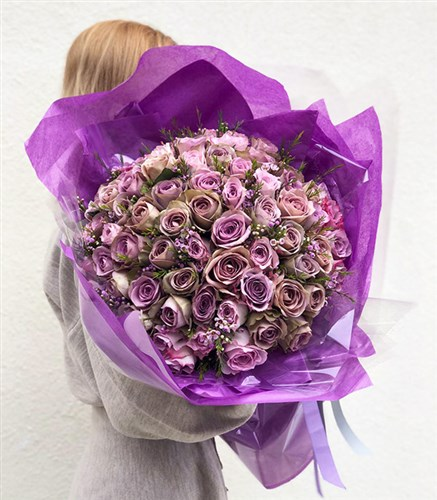 Grand Deluxe Lilac Roses Bouquet