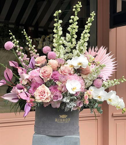 Grand Deluxe Pink Arrangement in Gray Box