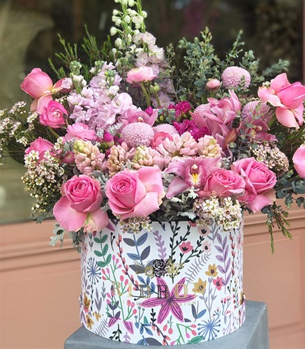 Pink Dreams Flowers Grand Box