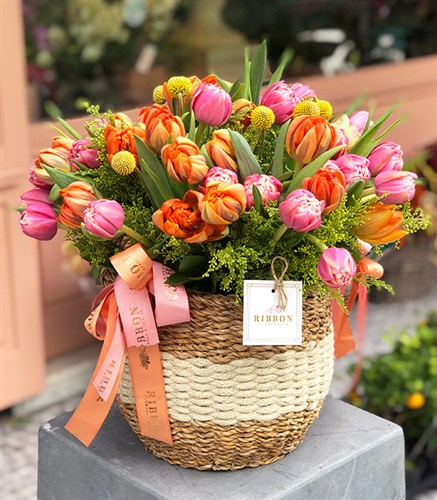 60's Tulips Bouquet in Basket