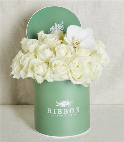White Roses in Green Box