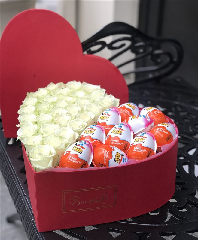 Mini love box with kinder